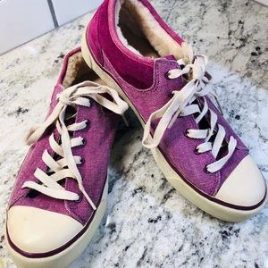 Ugg Sneakers. Size 8